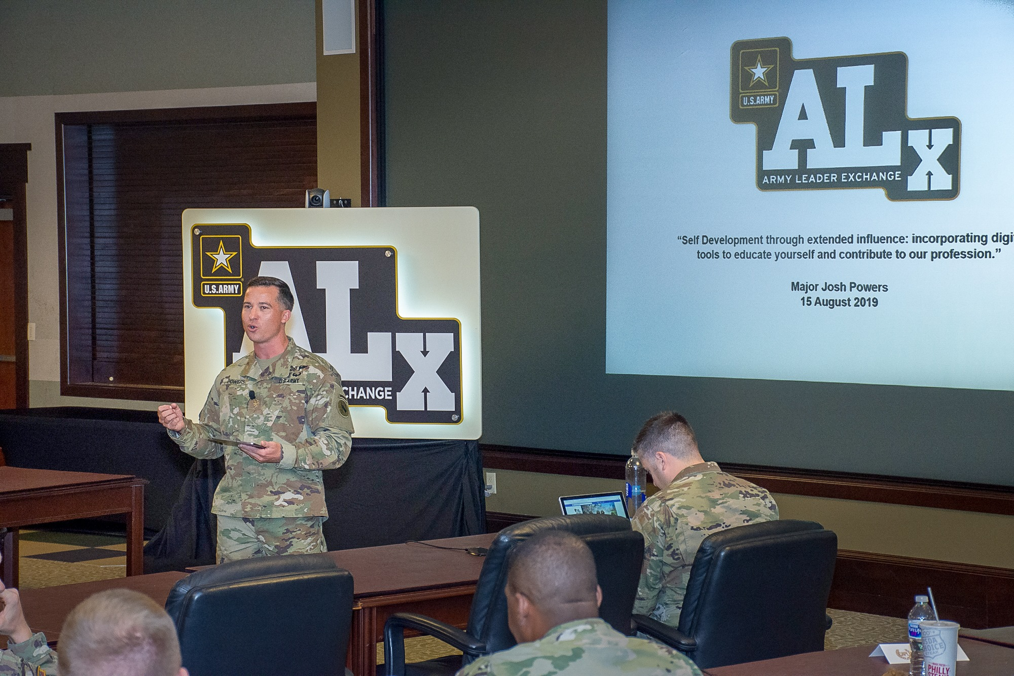 Picture of MAJ Josh Powers at ALx Event